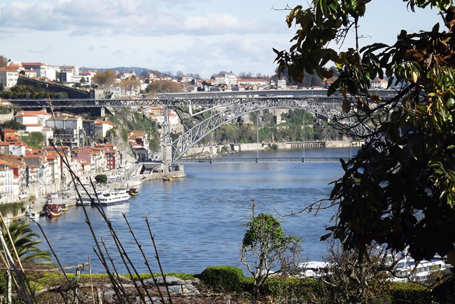 Connoisseur Magazine Review: Porto