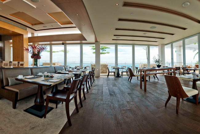 The-Club-at-Marina-Bay-Sands_c